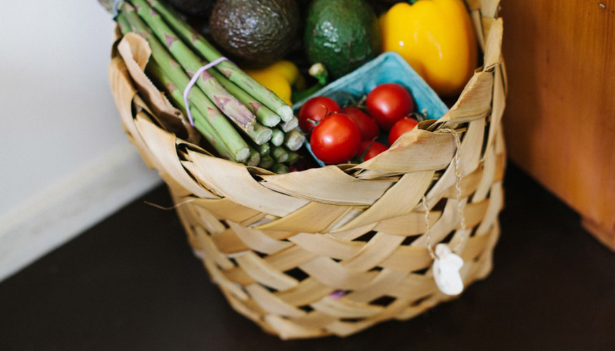 Buying Groceries Online: 4 Major Markets Around The World